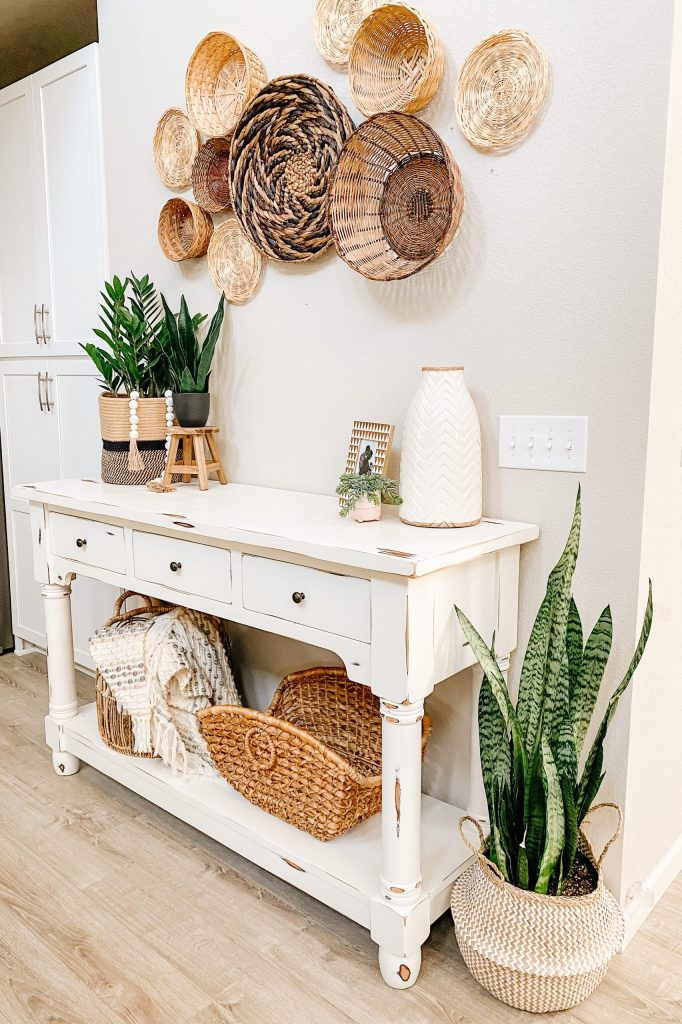 diy chalk paint table with plants and baskets