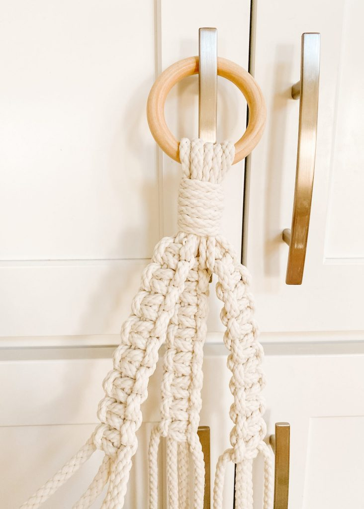 macrame gathering knot and box knots on wooden hoop