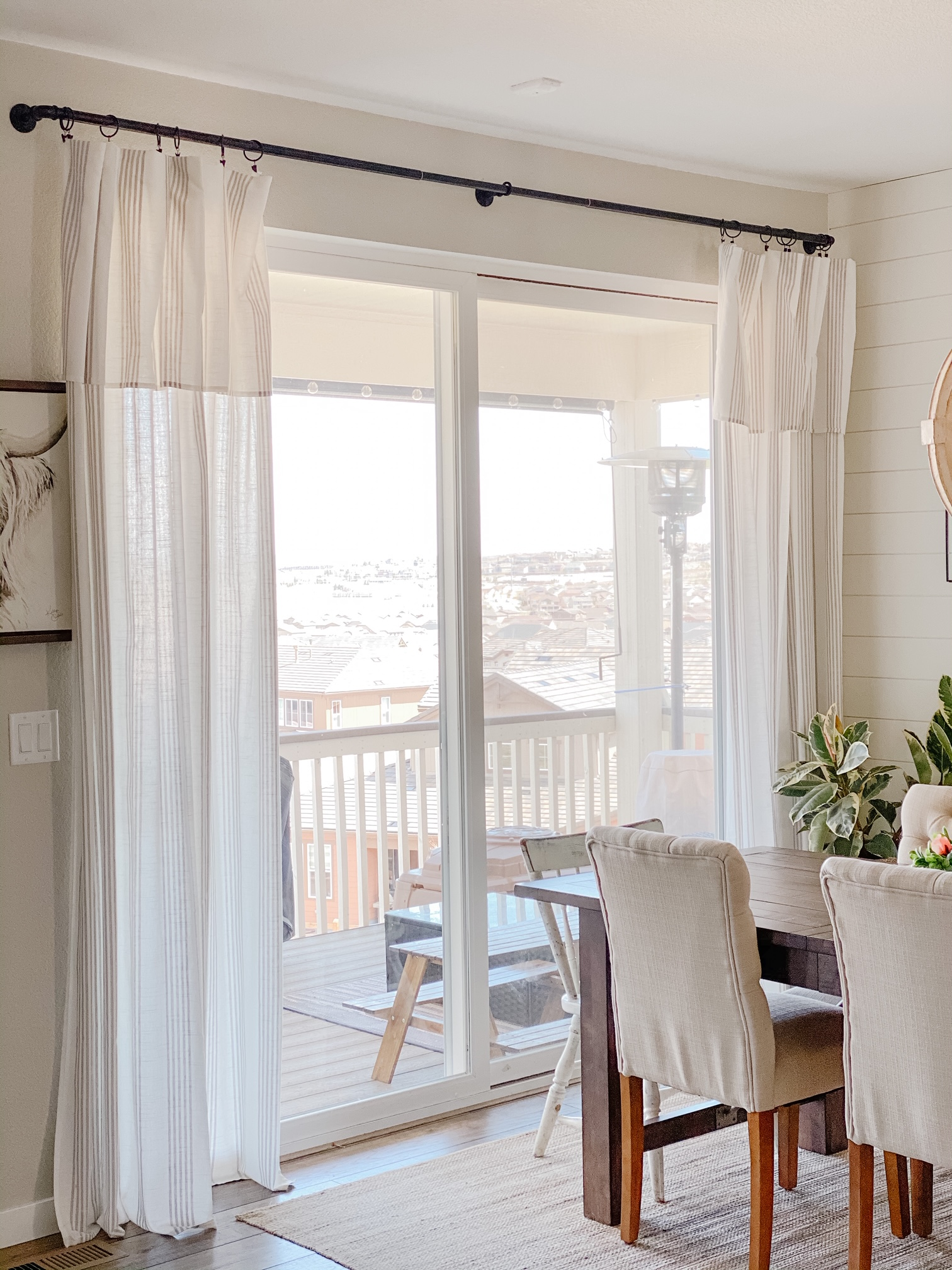 cheap curtain life hack! Making tablecloths into curtains