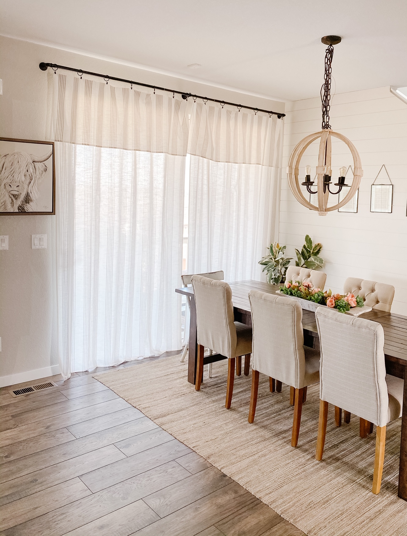 cheap tablecloths made into curtains. Simple home DIY project
