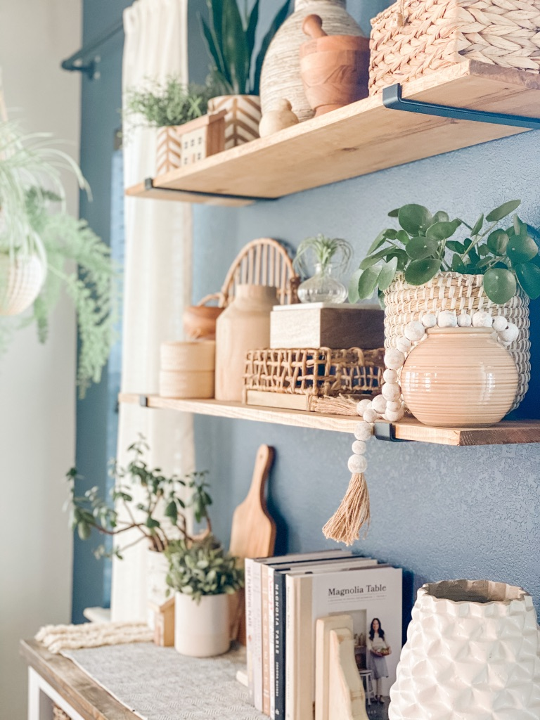 how to style shelves