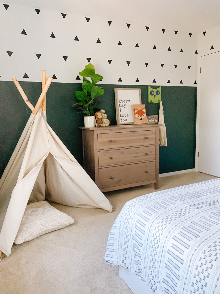 boho boy bedroom with colorblock wall, wall decals and teepee and affordable Amazon bedding