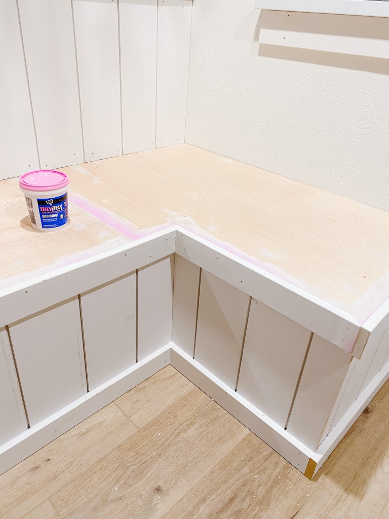 shiplap at built in banquette