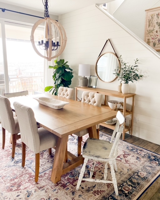 Affordable Farmhouse Dining Tables – How To Pick The Best Furniture For Your Space