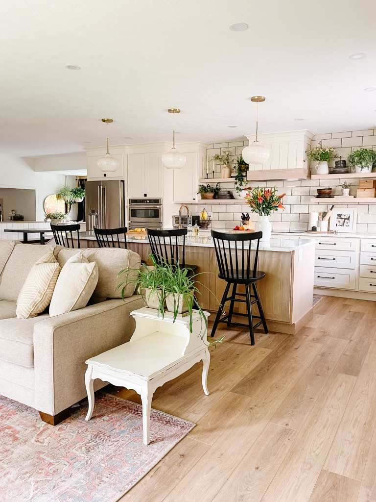decorate your kitchen with new kitchen decor, barstools and pendants