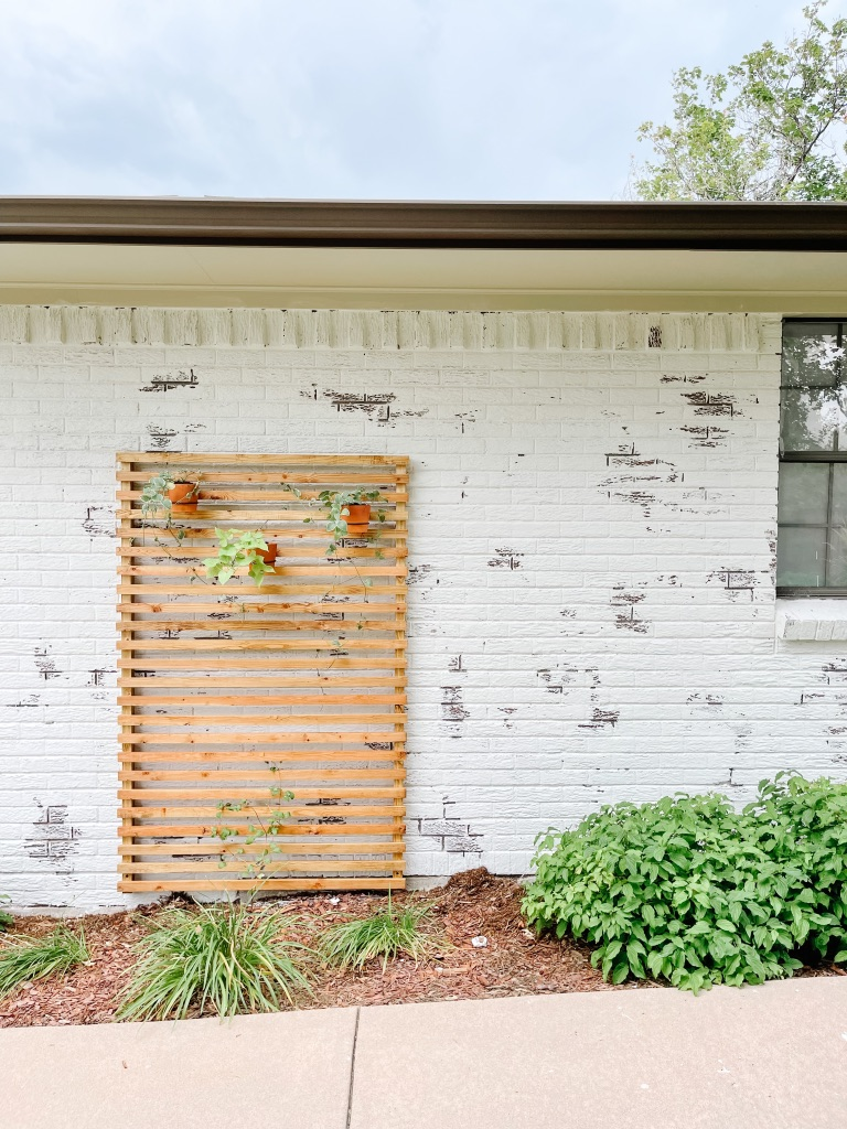 how to build a slatted wood trellis