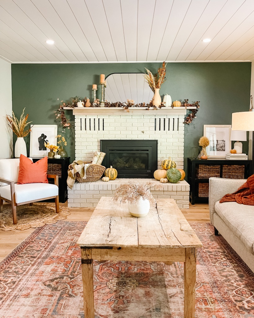 simple and cozy fall fireplace decor ideas